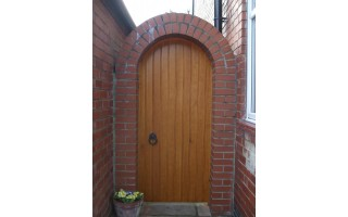 Arch Top Brace & Ledge Side Gates