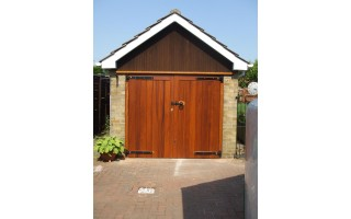 Solid Frame, Brace & Ledge Garage Doors (Hardwood)