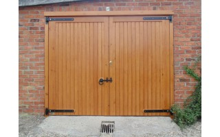 Solid Frame, Brace & Ledge Garage Doors (Softwood)