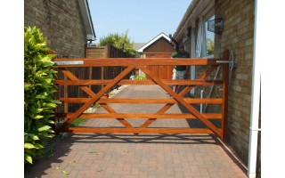 Standard 5 Bar Gates (Hardwood)