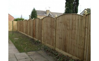 Bow Top Featherboard Fencing
